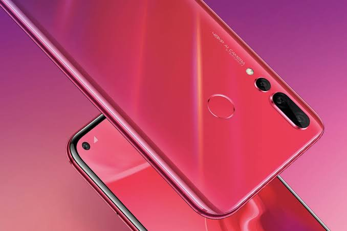Huawei Nova 4 with 48MP Sony Sensor Unveiled in China